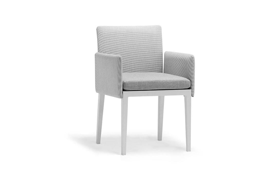 170107 Welcome dining chair with armrest