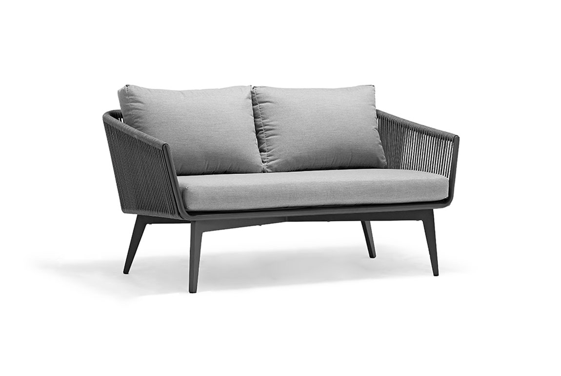 170402 Diva two-seat sofa chair