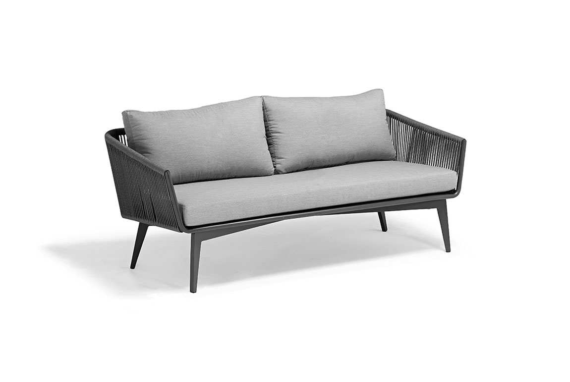 170403 Diva three-seat sofa chair