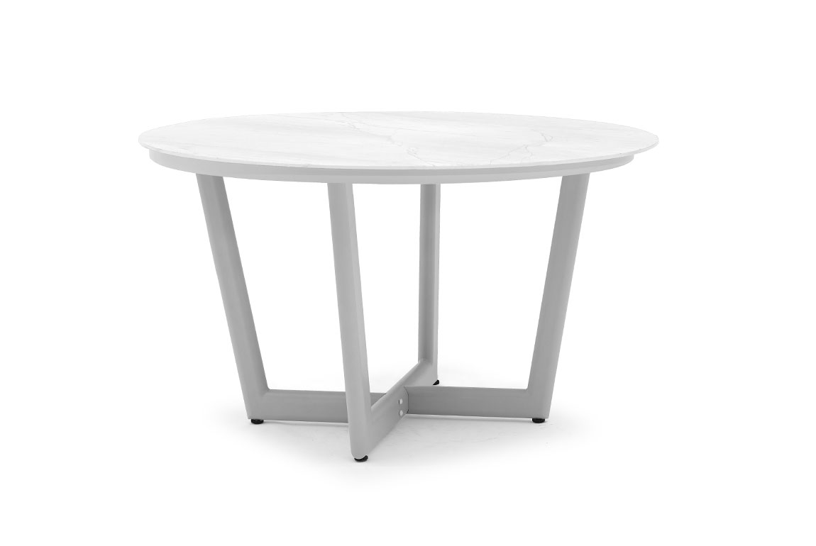 CLUB round dining table